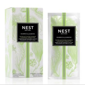 2-PACK Nest Fragrances cleansing towelettes